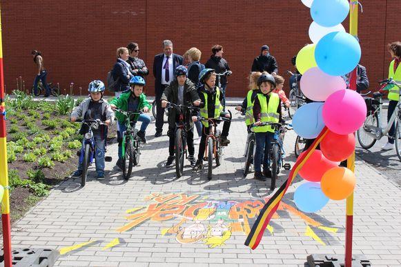 Het provinciebedrijf Westtoer opende deze week de zevende Westhoek K(a)D(ee) fietsroute in Vleteren en Poperinge.