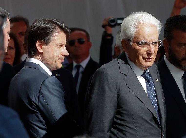 De Italiaanse Premier Giuseppe Conte samen met President Mattarella tijdens de herdenking.
