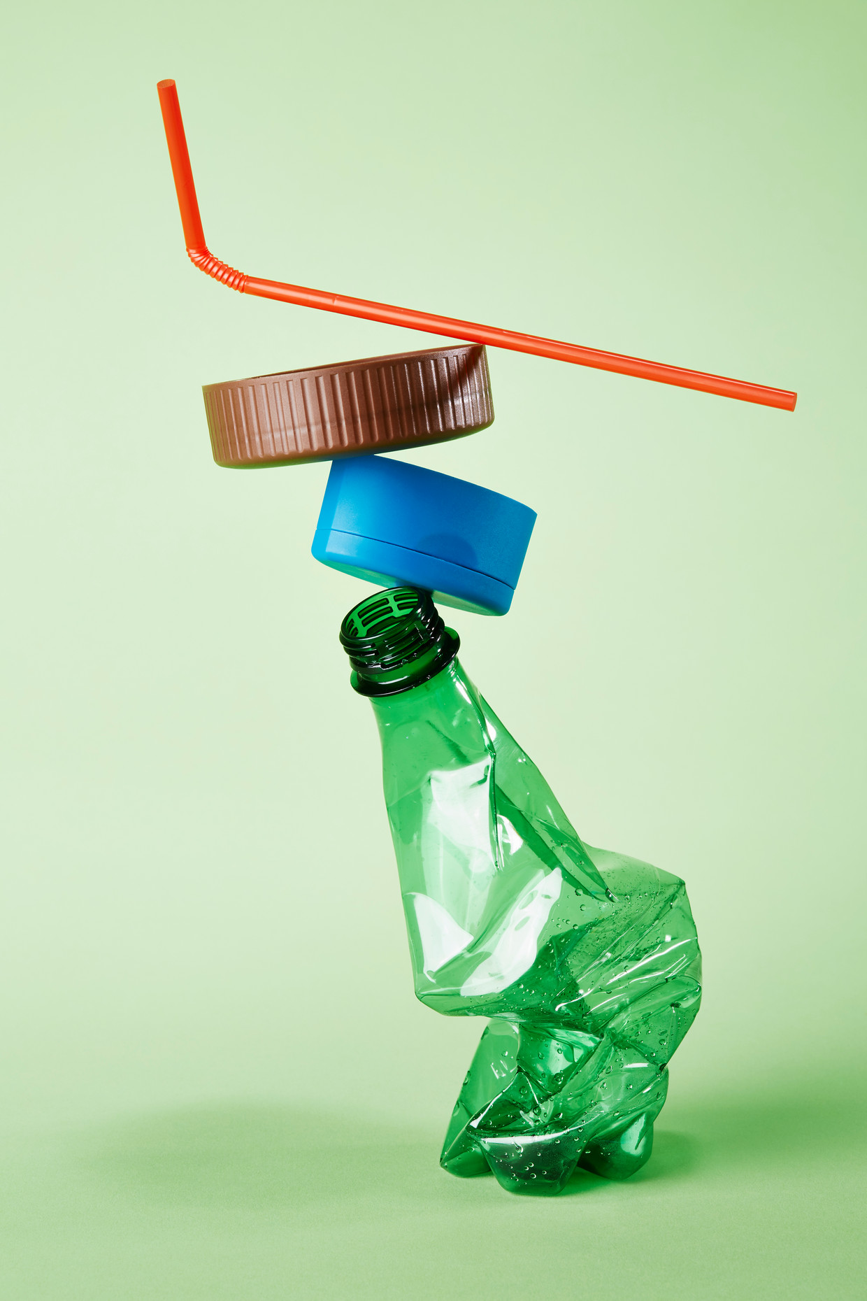 Uit sorteeranalyses blijkt dat er voor 20 tot 30 procent vervuiling in apart opgehaald plastic zit. Beeld Getty Images
