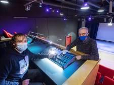 Verlichting Kulturhus Borne: 'Fijn als artiesten ons licht en geluid waarderen'