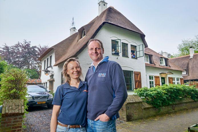 Bregje en Wilbert Raap verkochten binnen hun week hun huis in Lith. Ze hebben in Oss een nieuw huis gekocht.