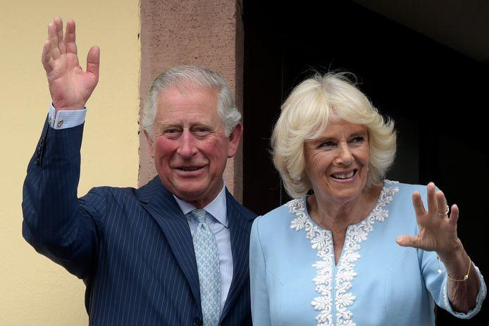 "Sa femme Camilla ""a été testée mais n'a pas le virus""."