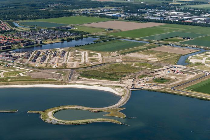 Het Lanterstrand lijkt zo goed als klaar, maar is dat volgens de gemeente Zeewolde nog zeker  niet.