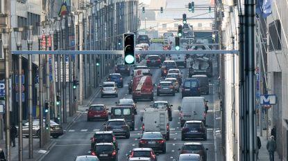 Wetstraat versmald tot twee rijstroken tot eind augustus