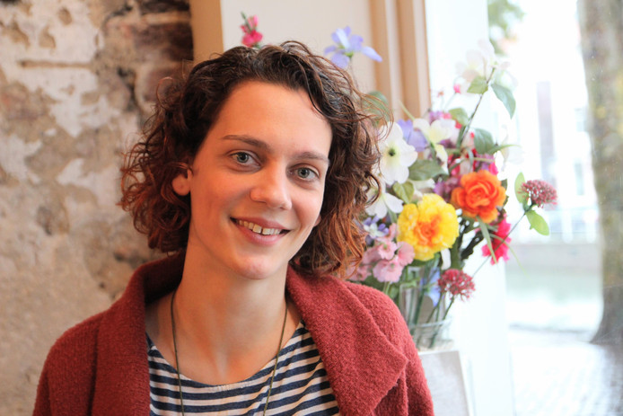 Laura Stassen
