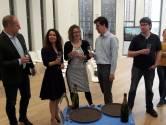 Champagne voor de kettingkastcoalitie in Wageningen