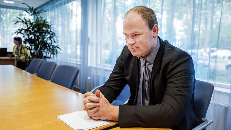 De in juni opgestapte wethouder Geurt Visser bij de Helderse raadsvergadering. Beeld Raymond Rutting / de Volkskrant