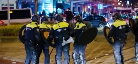 LIVE   Chaotische avond in Nederlandse steden: winkels geplunderd, agenten belaagd, 151 arrestaties