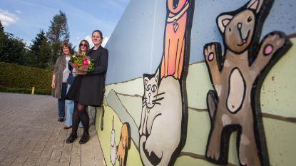 Muurschilderingen verfraaien binnenkoer Heuvelheem