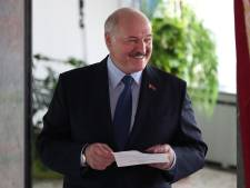 Le président Loukachenko en tête dans un sondage, la candidate de l'opposition n'y croit pas