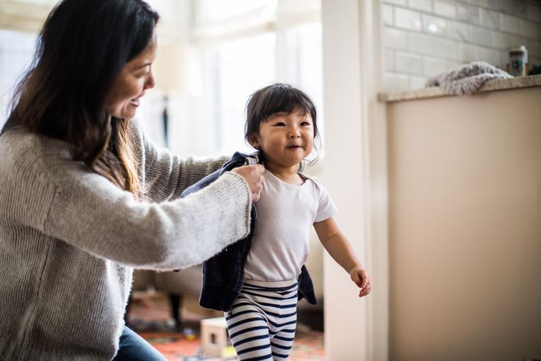 5f77bf90926 Kinderen met overbezorgde ouders hebben later meer emotionele ...