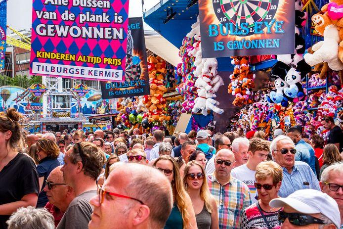 """,,Een Tilburgse kermis in volle omvang is geen optie"""", zegt de kermiswethouder. ,,Op drukke dagen is de 1,5 meter afstand tussen mensen niet te garanderen. Zelfs niet met de beste crowdmanagement ter wereld."""""""