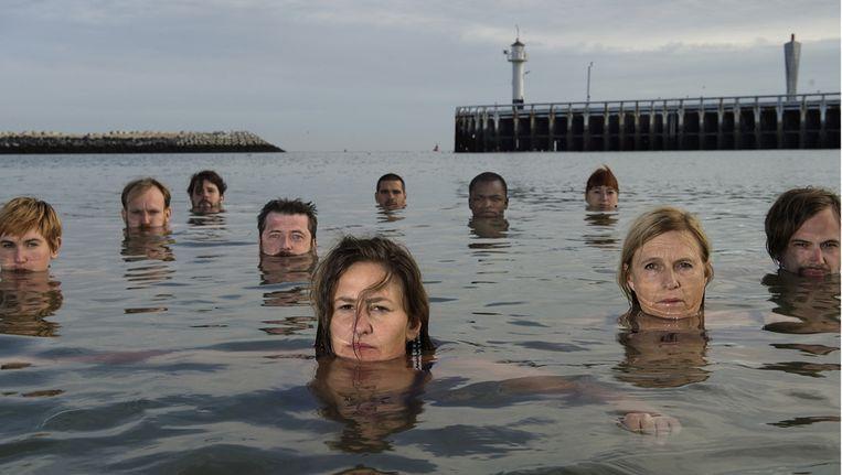 Op 8 augustus gaven zo'n 250 mensen tijdens de actie HOOGTIJd aan minister Gatz het signaal dat het water vele kunstenaars aan de lippen staat.