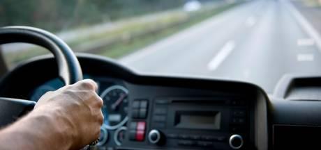 41-jarige vrachtwagenchauffeur reed zonder ooit rijbewijs te hebben gehad door Oosterhout