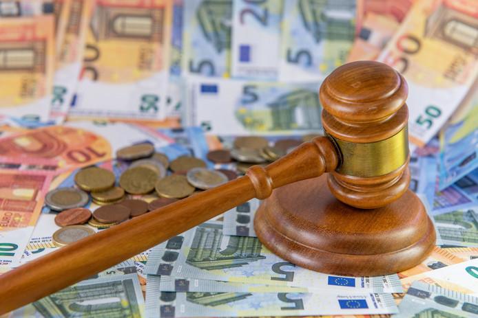 Illustratief - De rechtbank eist een geldboete