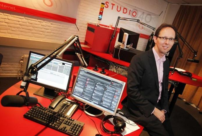 Michiel Bosgra in de radiostudio van Studio 040. Archieffoto Irene Wouters