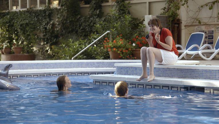 In 3Doc: Deze zomer is van mij worden jongeren met een licht verstandelijke beperking gevolgd tijdens hun vakantie in het Spaanse Blanes. Beeld Vossenfilms