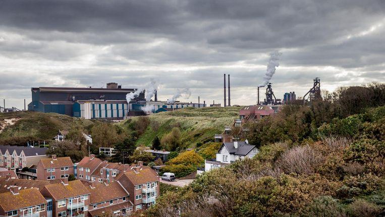 Wat Tata Steel uitstoot, daalt neer op Wijk aan Zee Beeld Jean-Pierre Jans