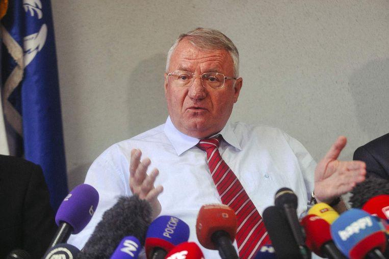 Seselj tijdens de persconferentie over zijn vrijspraak. Beeld anp