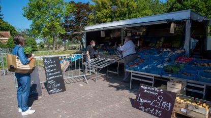 Voor het eerst in twee maanden weer markt op Sint-Bavoplein in Gijzenzele