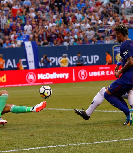 Barcelona verslaat Juventus in oefenduel met twee goals van Neymar