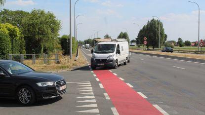 """Afslaan naar Eikenlaan binnenkort onmogelijk op Expresweg: """"Dit draagt bij aan verkeersinfarct op Gentseweg"""""""