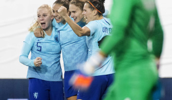 Oranje Leeuwinnen plaatsen zich voor WK in Frankrijk
