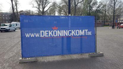 De koning komt naar Ingelmunster: mysterieuze banner duikt op Marktplein op
