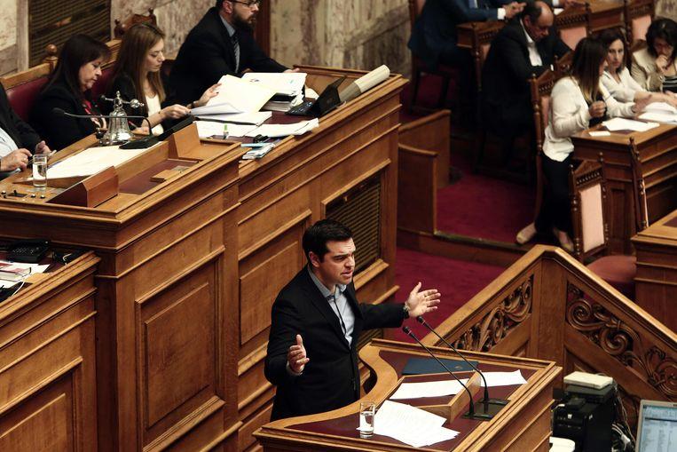 Grieks premier Alexis Tsipras, gisteren tijdens een parlementaire sessie over de bezuinigingsmaatregelen.