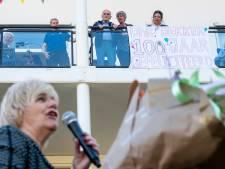 Oosterbeekse 'verhaaltjesopa' mag de burgemeester niet omhelzen