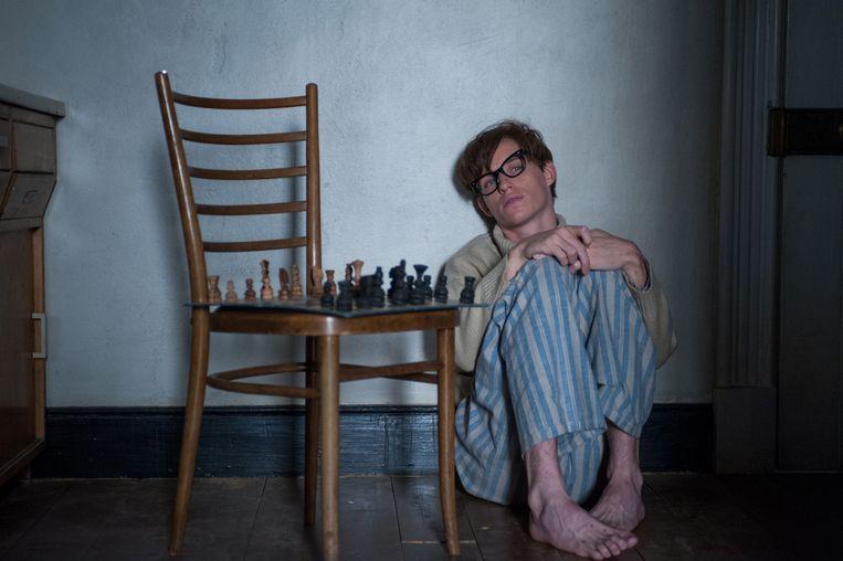 Eddie Redmayne als Stephen Hawking. Beeld -
