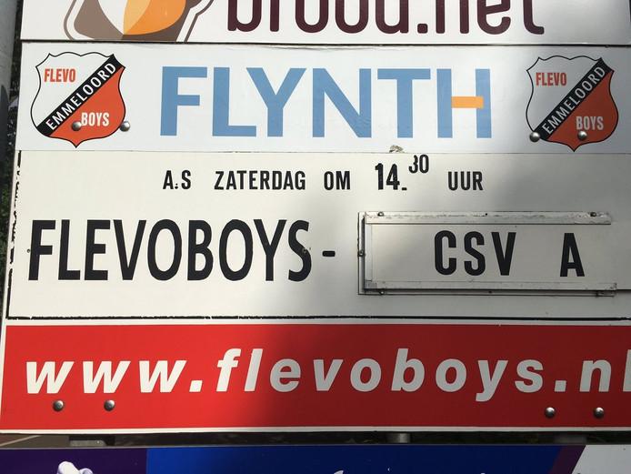 De wedstrijd van vanmiddag in Emmeloord. Foto: Peter Dekkers