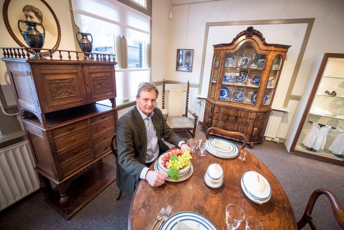 Marc Fraser, samensteller van de expositie.