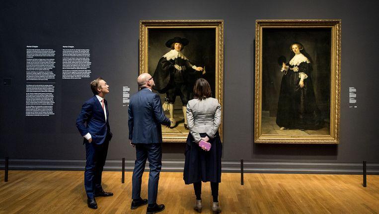 De portretten hangen op hun (tijdelijke) plek. Beeld anp