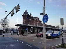 NS jaagt kunstenaars uit oude station in Kampen