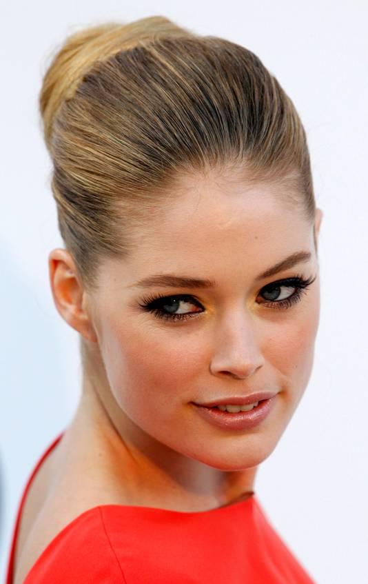 Doutzen in Cannes in 2011.