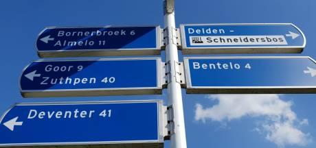 Makers bewegwijzeringsbord in Delden in de fout: is het Zutphen…. of Zuthpen?