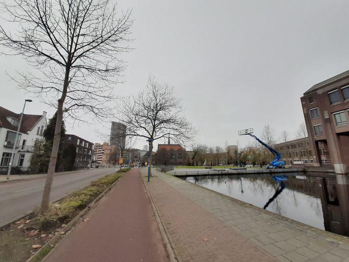 De kop van het Eindhovensch Kanaal in Eindhoven is een van de gebieden waar de gemeente hoogbouw zou willen toestaan. De buurt verzet zich daar tegen.