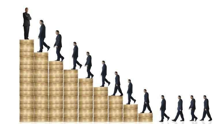 De topinkomens in de ouderenzorg zijn in 2013 flink gestegen. Beeld thinkstock