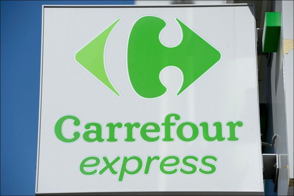 Carrefour Express 2/4/2012 pict. by Didier Lebrun  / © Photo News