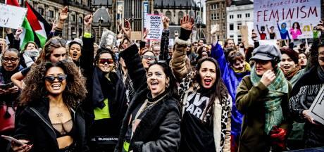 Koorddansen op dubbele standaarden en stereotypen: feministische video gaat viraal