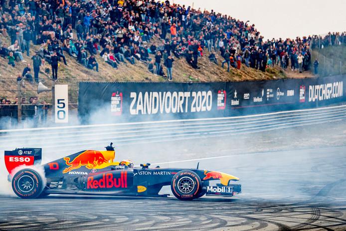 Max Verstappen tijdens Jumbo Familie Racedagen vorige maand op het Circuit Park Zandvoort. Volgend jaar is het circuit weer het decor van een Formule 1-race.