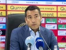 Van Bronckhorst steunt Larsson ondanks 'moeilijke fase'