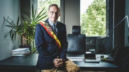 Stoot Van Eykeren De Coninck van de troon?