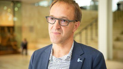 """UGent-rector Rik Van de Walle roept om langetermijnvisie rond coronavirus: """"Kom met degelijk plan van aanpak"""""""