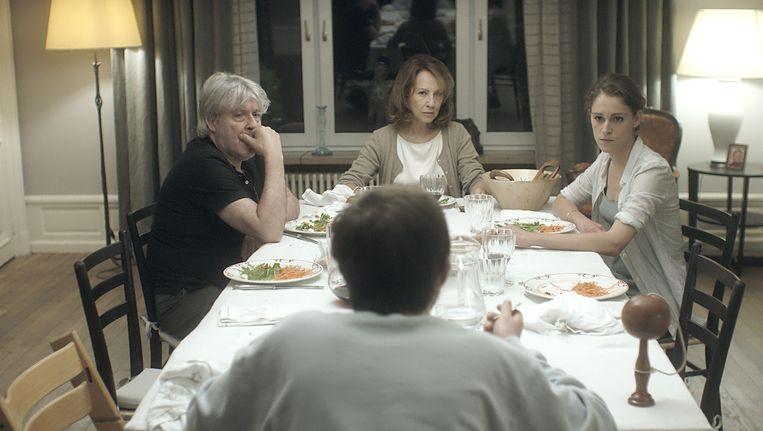 'Zoals vaak in familiedrama's is een etentje de arena' Beeld -
