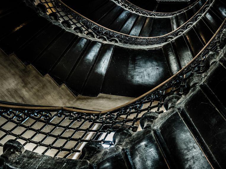 Het trappenhuis van hotel 1898 The Post. Beeld Alex Stephen Teuscher