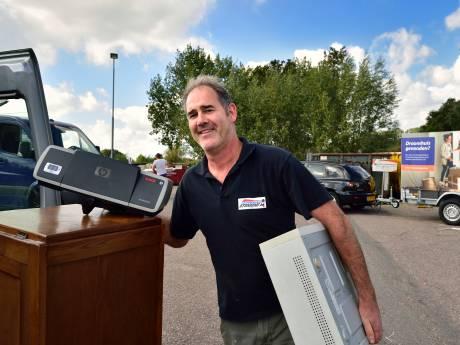 'Kapotte spullen repareren? Onzin!', is de reactie in Gouda op de nieuwste SIRE-campagne