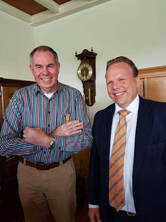Maarten van den Berg (62, Oudemolen) - Lid in de Orde van Oranje-Nassau