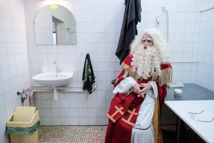 Even uitpuffen van alle hectiek bij de Sinterklaascentrale van BAD in Doetinchem.